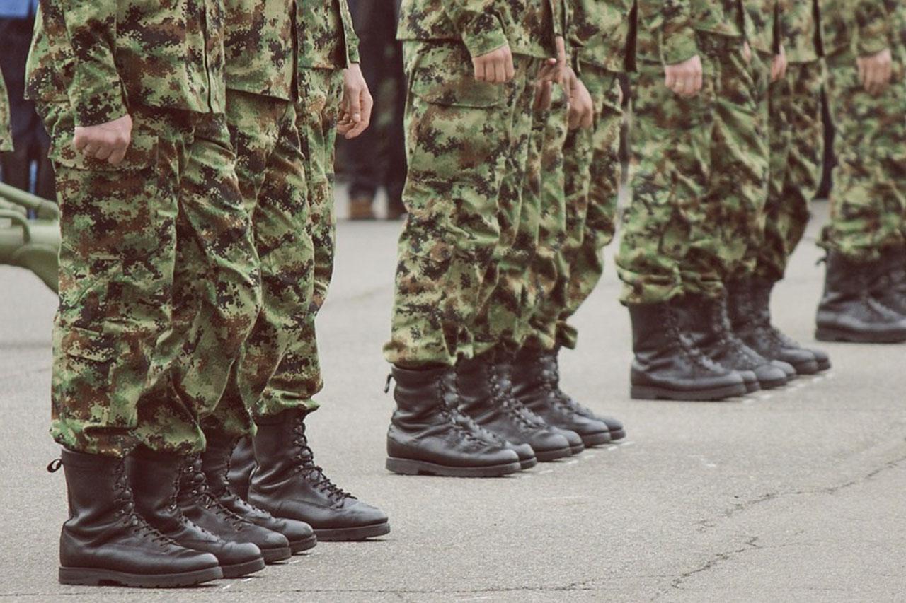 odziez wojskowa